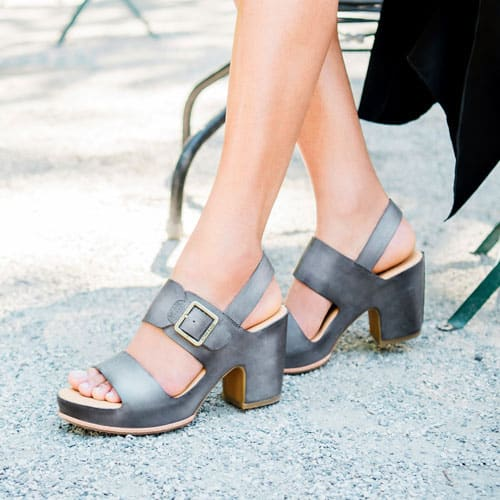 Featured style: San Carlos sandal in grey